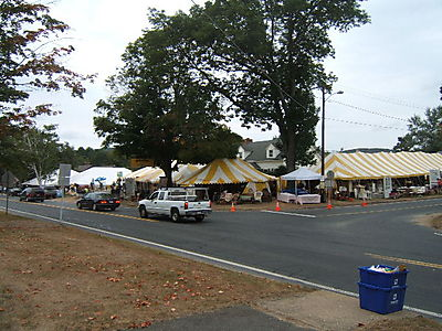 the beginning of Brimfield Antique Market