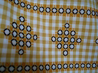 vintage apron hem stitching
