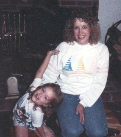 1987 Megan Sara0001