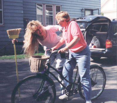 1998 Sara Lorrie