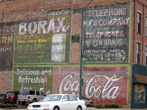 800px-Ft_Dodge_ghost_sign